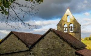 randonnée de Lamothe Cassel-mur-clocher-eglise-puycalvel
