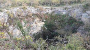Randonnée-d-Aujols-igue-naturelle