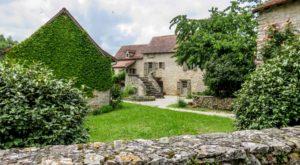 Puyjourdes maison de village